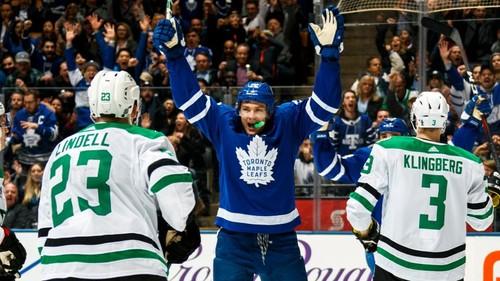 НХЛ. Рекорд Торонто, унылая серия Ванкувера. Матчи среды