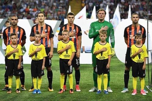 Перед каждым матчем УПЛ будет звучать гимн Украины