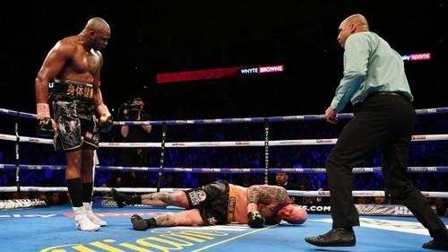 Уайт нокаутировал Брауна и бросил вызов Уайлдеру
