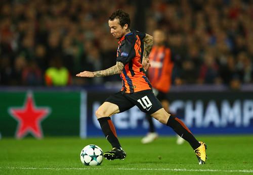 Бернард может продолжить карьеру в Милане