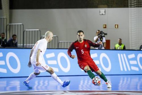 Португалия по наработанному сценарию снова обыграла Сербию