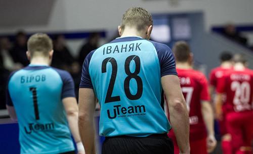 Евгений Иваняк больше не урагановец