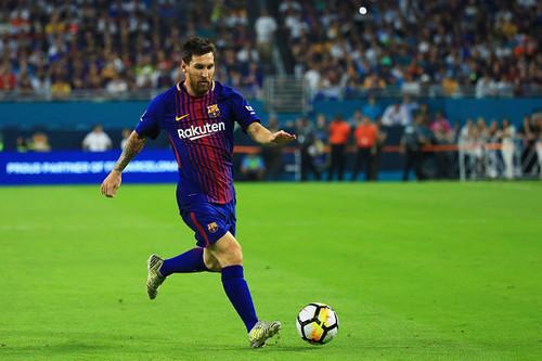 Барселона на своем поле уверенно обыграла Леганес