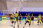 Локомотив и Барком вышли в финал чемпионата Украины