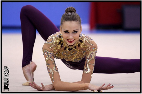Фото изогнутых гимнасток #8